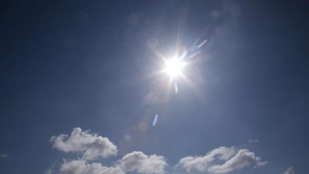 Die Sonne stellt keine Rechnung. Um ihre Energie optimal zu nutzen, sollten sich Hausbesitzer fachlich beraten lassen.